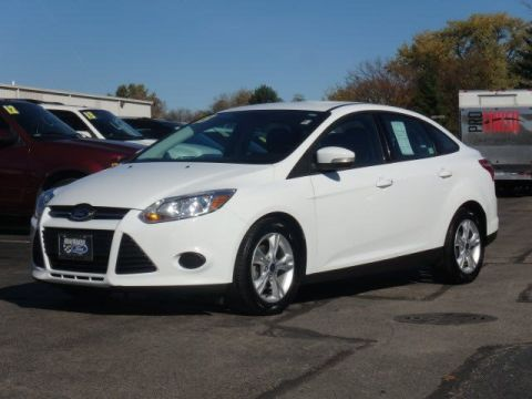 Pre-Owned 2013 Ford Focus SE FWD 4dr Car